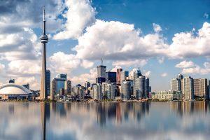 Тысячи канадцев наконец получат свои паспорта