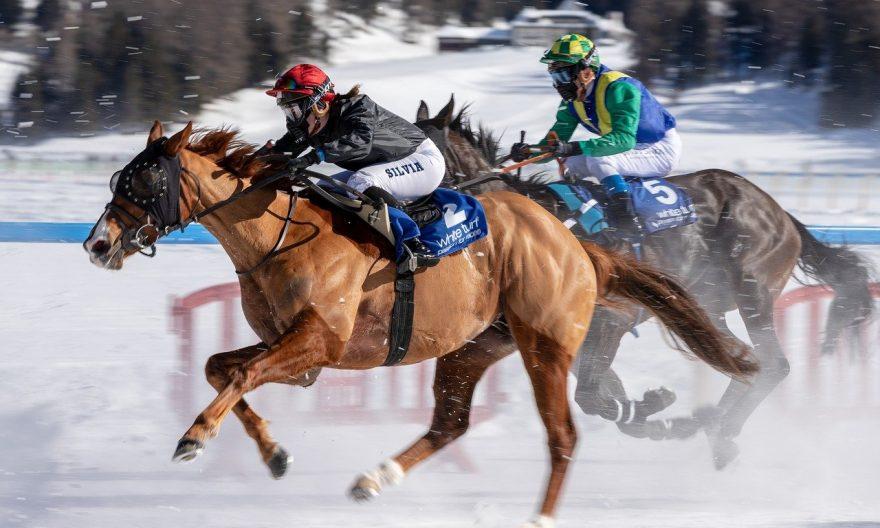 Иностранные конные жокеи освобождаются от LMIA в Онтарио