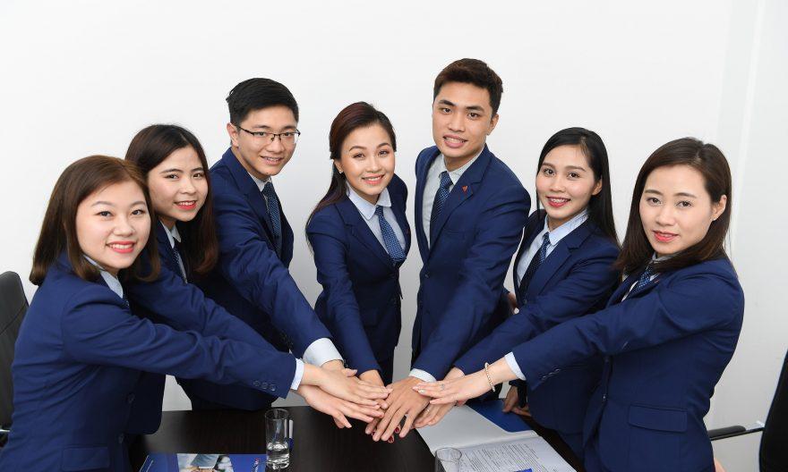 Жители Гонконга подали более 500 заявок на иммиграцию в Канаду