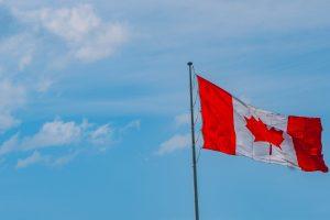 Передача гражданства канадцам, родившимся за границей