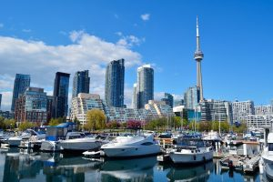 Онтарио пригласило 1685 человек в новых отборах OINP