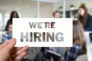Безработица в Канаде падает, поскольку страна борется с COVID-19