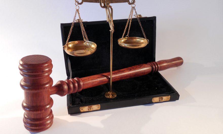 Федеральный суд обязал IRCC выплатить компенсацию 2 заявителям