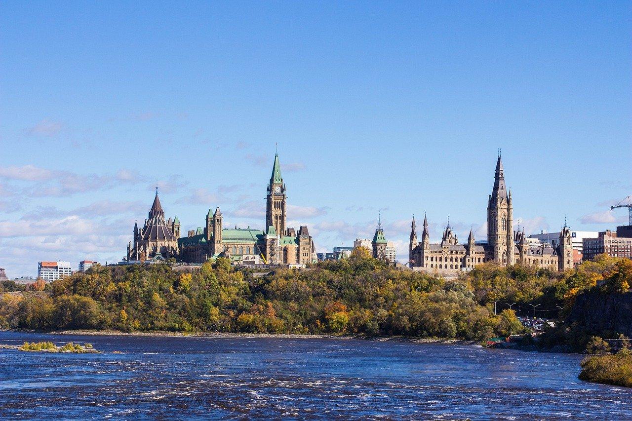 Результаты выборов 2021 года и иммиграция в Канаду