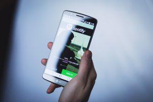 Spotify наймет больше канадцев и граждан, проживающих в Канаде